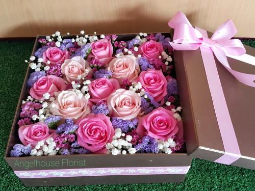 Toko Bunga Segar Puri Indah Angel House Florist Flower Box Love Pink