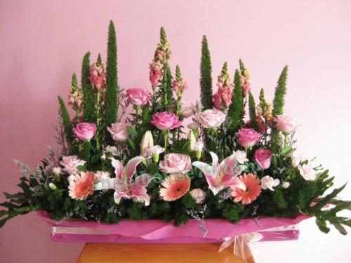 Long Table Fresh Flower Arrangement Rangkaian Bunga Segar Meja